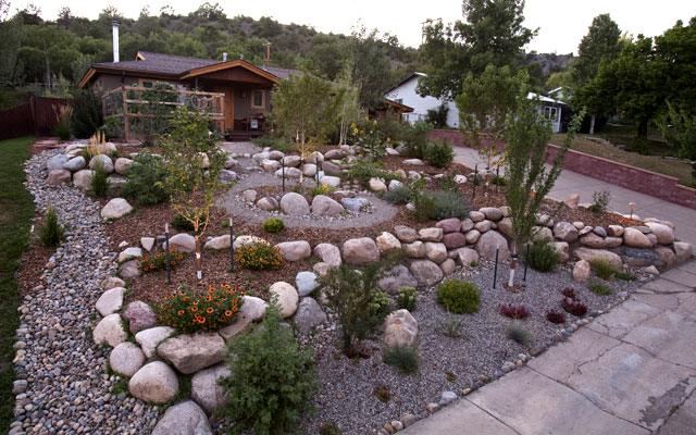 Landscaping With Mulch And Gravel : Xeric landscaping in durango colorado native drought